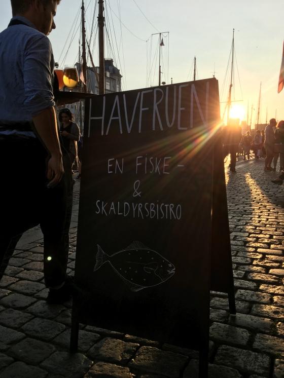 copenhagen havfruen restaurant sign