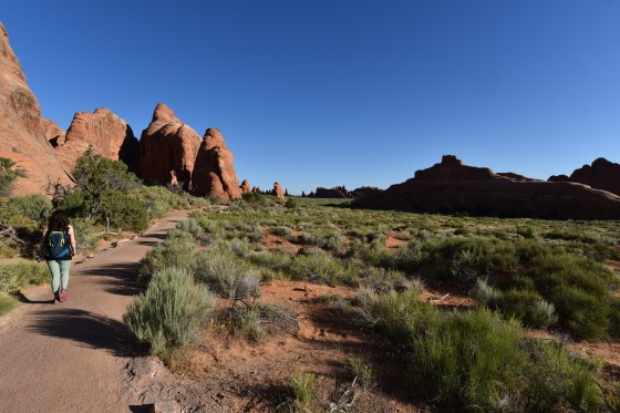 arches national park trail start