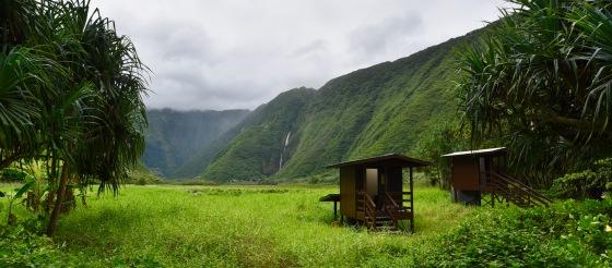 waimanu campsite outhouses