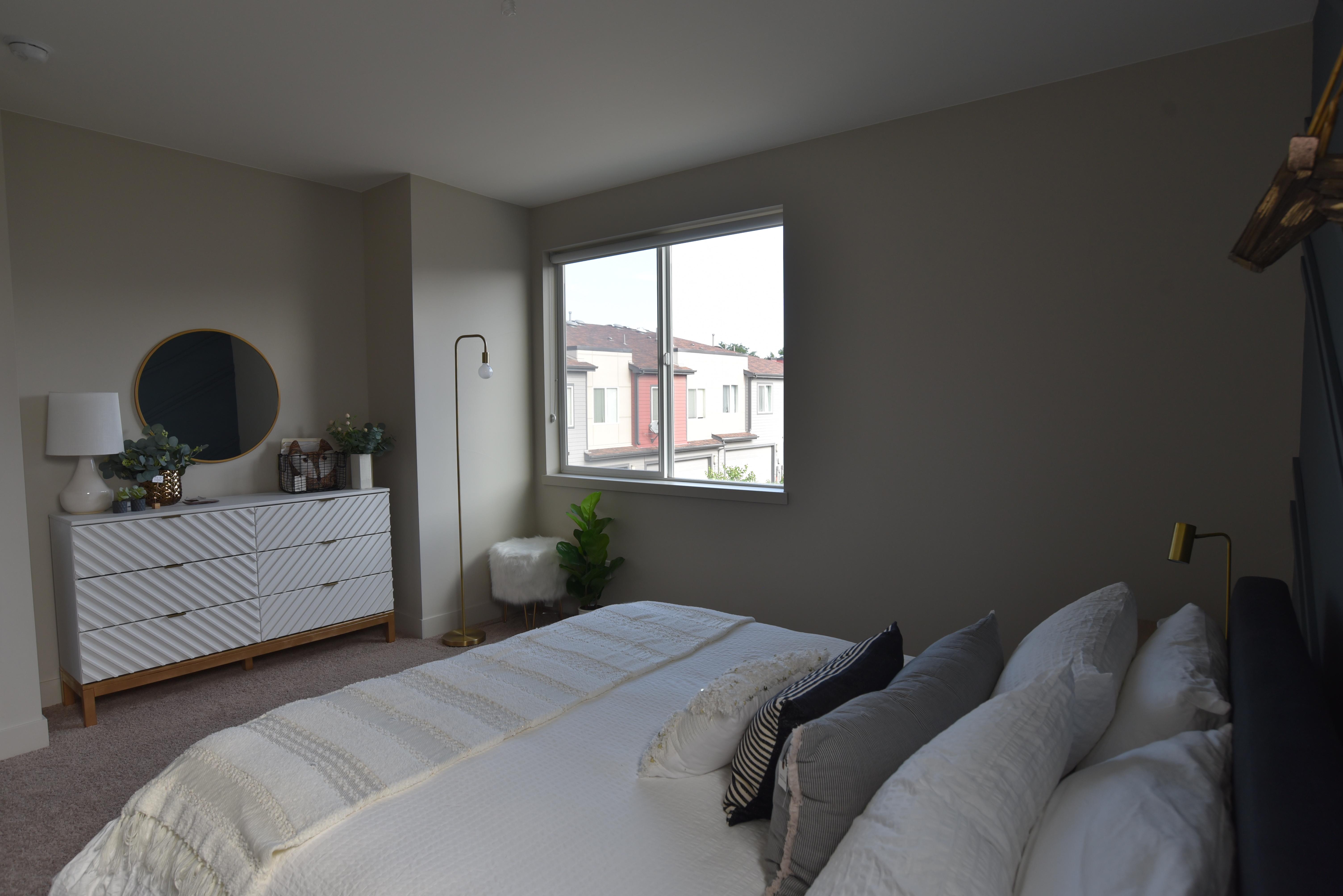 midtown guest bedroom 2b